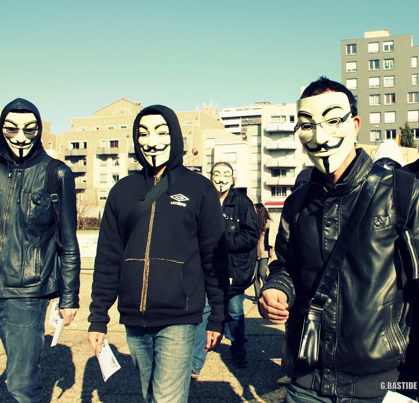 Photo manif Anonymous 10032012 053