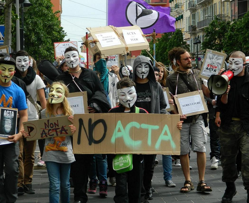 Manifestation Nice contre ACTA 28 avril 2012 #Anonymous #PartiPirate